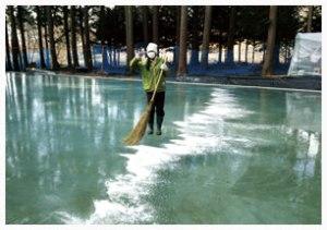 天然氷に張った氷の掃除